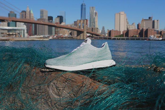 Que fait Adidas en matière de marketing éthique ?
